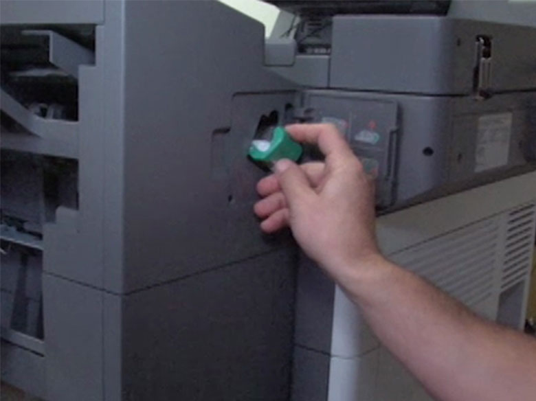 Insert the staple cartridge holder until it clicks into place