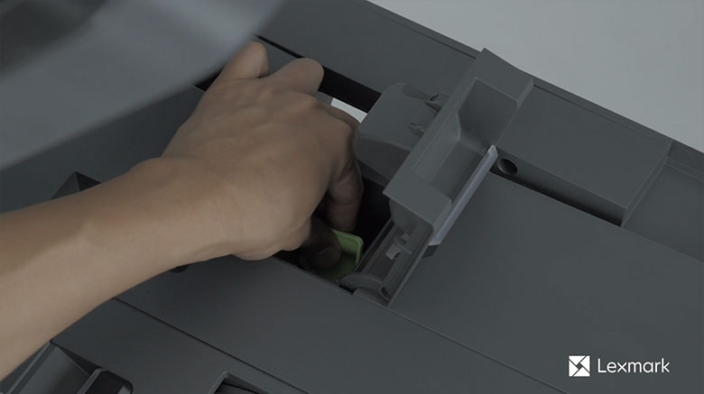 Remove the staple cartridge holder