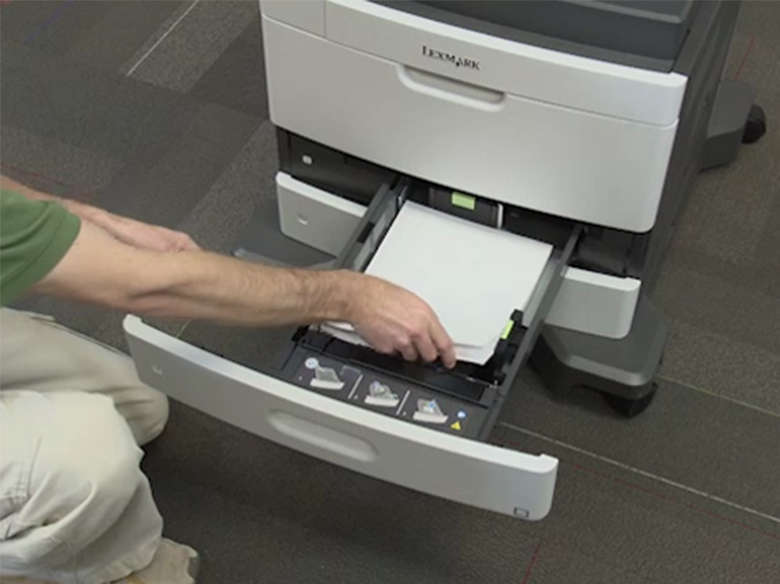 Coloque papel de tamanho carta