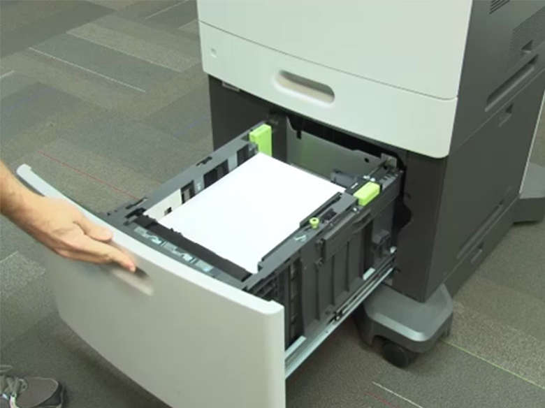Load the high capacity feeder for one-sided (simplex) printing ‑ without a stapler