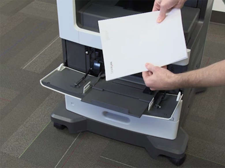 Load paper for one‑sided (simplex) printing ‑ with stapler