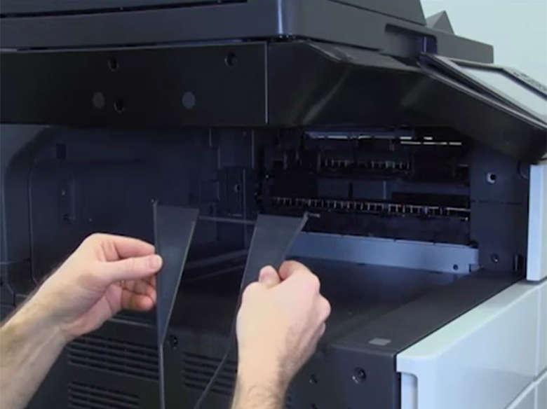 Preparar a impressora para a instalação do encadernador