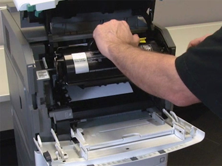 Extraer el cartucho de impresión