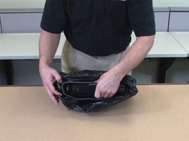 Extraer el cartucho de impresión de la bolsa