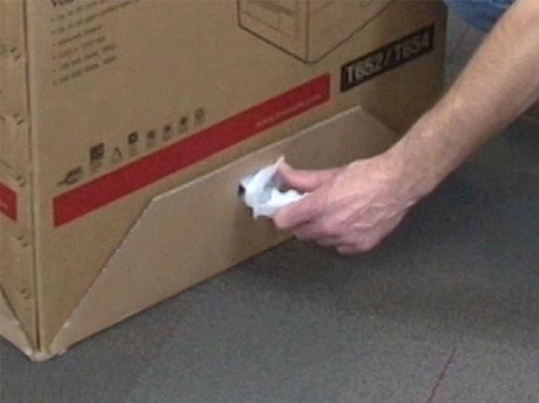 Retirar los cierres del embalaje