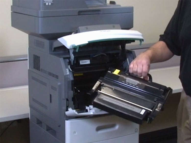 Remove the print cartridge